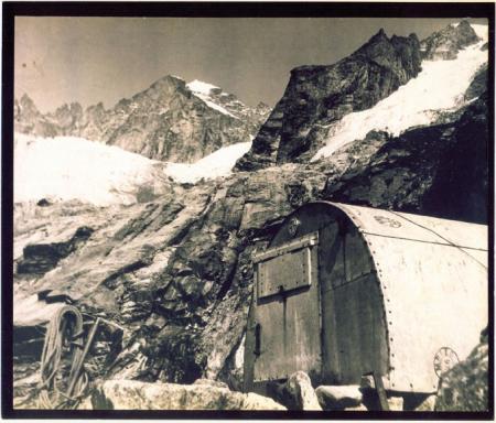 Bivacco Freboudzie-Monte Bianco, Rifugio Cravatta del Cervino