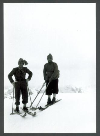 [Riproduzioni di fotografie storiche di sci alpinismo]