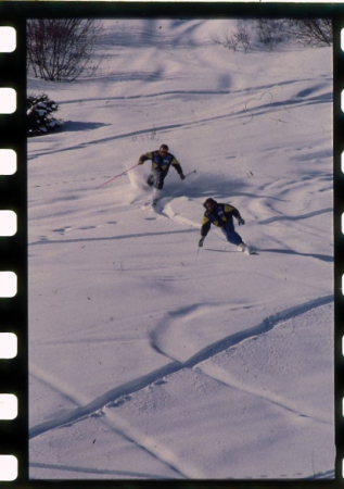 [Monte Bondone: sciatore e snowboarder]