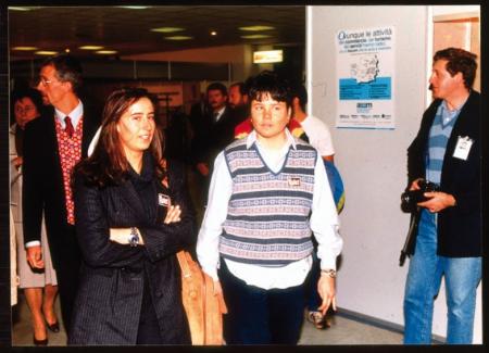 [Isolde Kostner e Alessandra o Barbara Merlin in visita a Show Mont, Torino]