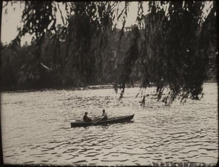 [Riprese varie tra cui fiume Po a Torino e scorci della Valsesia]