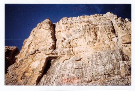 [Riprese varie di pareti rocciose con vie di arrampicata: Castelletto di Mezzo (via K2), Cima di Pratofiorito (via Aurora), Cima Brenta parete est]