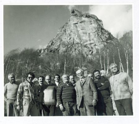 """[Raduno del CAAI a Rocca Sbarua nel 1977 e 1° Convegno Nazionale """"Il CAI e la sfida ambientale"""" a Ivrea nel 1986]"""