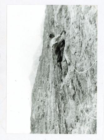 [Autore non identificato, riprese varie tra cui ritratti di alpinisti e alpiniste, scene di arrampicata, salto con gli sci]