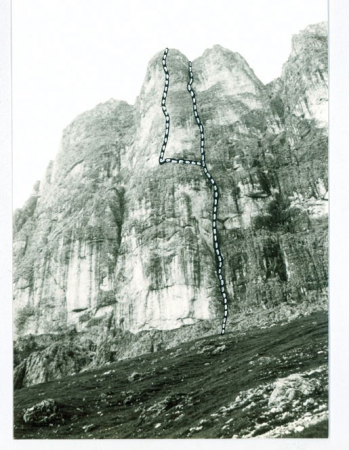 Gruppo del Catinaccio: crode di Re Laurino, Pilastro del rifugio Santner, vie Maffei G. Leoni P.