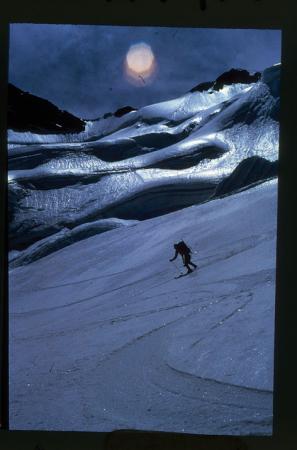 [Scialpinismo sulla Cima di Fos e Ghiacciaio dell'Invergnan]