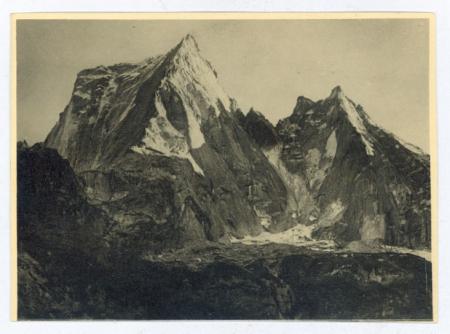 [Riprese varie delle valli Masino e Bregaglia; Monte Disgrazia, Pizzo Badile, Cima Castello]