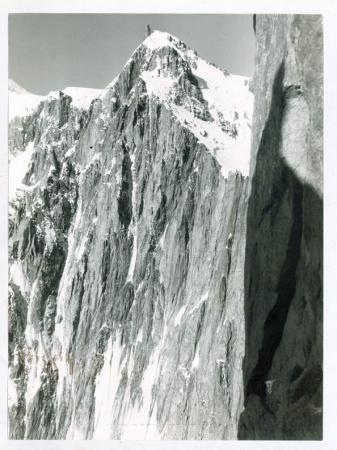 [Riprese varie del Mont Maudit: pareti est e sud-est, Cresta Kuffner]