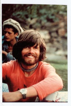 [Ritratti di Reinhold Messner, riprese di spedizioni varie]