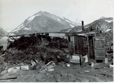Abitazione eschimese a Kap Dan, isola di Kulusuk