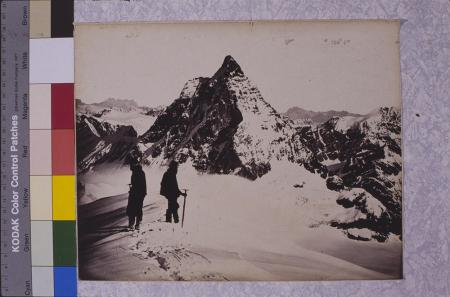 [Vittorio Sella, riprese varie di cime montuose delle Alpi e del Caucaso. Lettera a Mummery e riproduzioni di fotografie su pagine di libro]