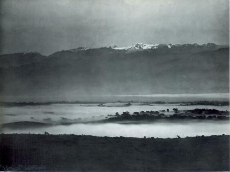 Telefotografia del Ruwenzori fra Butiti e Fort Portal