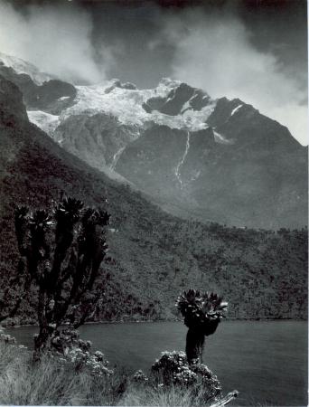Monte Stanley e lago Bujuku