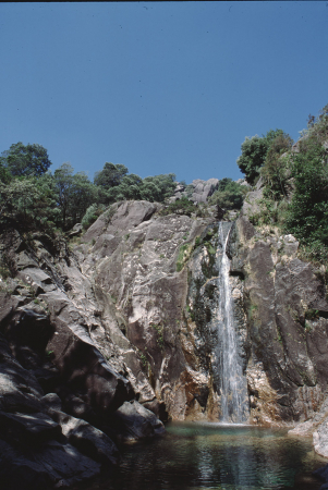 [Riprese varie del Parco Nazionale Peneda Geres, Portogallo. Torri rondinaie in borghi dell'Emilia Romagna]