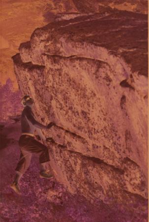 [Riprese varie di arrampicata e alpinismo]