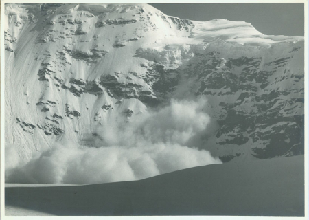 Valanga sul versante sud del Parvati Peak. Spedizione CAI Udine e Gorizia