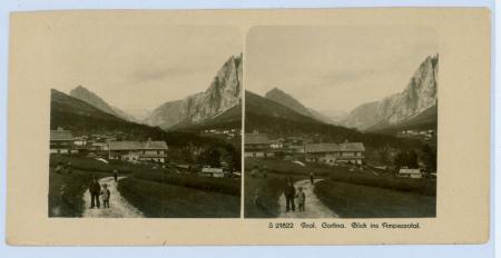 [Tiroler Dolomiten: Cortina e la Valle d'Ampezzo, Monte Cristallo e Piz Popena dal Lago di Landro]
