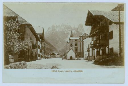 [Dolomiti venete e altoatesine:  Hotel Baur a Landro, le Cinque Torri]