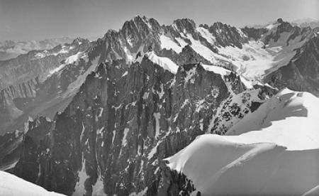 [Chamonix-Mont-Blanc