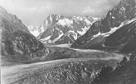 [345 Chamonix-Mont-Blanc