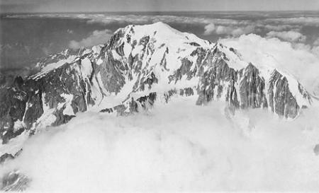 [Mt. Blanc, Mt. Maudit v. O. 4900 m.]