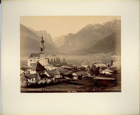 [Valle di Braies: Picco Vallandro. Val Pusteria: Dobbiaco e Carbonin, San Candido e dintorni, Brunico]