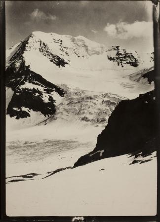 [Riprese varie tra cui il Monte Bianco, Orlongo e il Cervino]