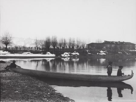 [Barca sul lago, 1905-1910]