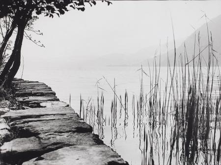 [Riflessi sul lago Maggiore, maggio 1930 ]