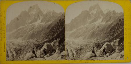 42-Aiguille de Charmox prise du Montanvert - Chamounix Savoie