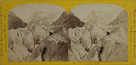 216-Grandes pyramides sur la Mer de Glace, Chamounix Savoie