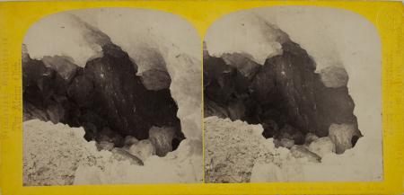 219.-Caverne de Glace, Glacier des Bossons, Chamounix. Savoie.