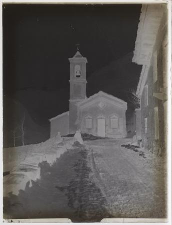 [Chiesa nei pressi di Balme in inverno]