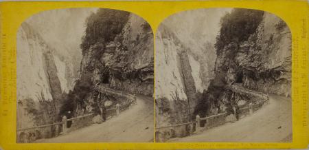 197.- Le Tunel du Trou Perdu Via Mala. Suisse.