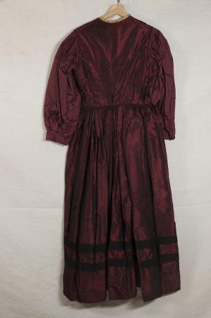 Costume tradizionale femminile di Viù, Valli di Lanzo