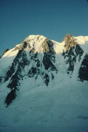 [Gruppo del Monte Bianco: Les Courtes (Via Svizzeri) e Les Droites (parete nord)]