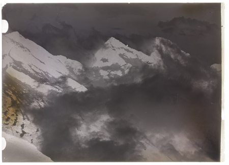 [Monte Bianco tra le nubi, 1939]