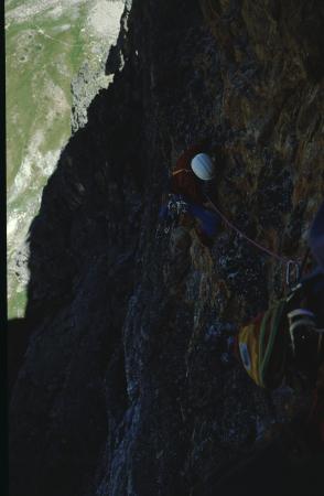 [Riprese varie di pareti rocciose e alpinisti su roccia (Gianni Ribaldone): Rocca Provenzale, Torre Castello, Punta Figari]