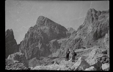 [Collezione del Dott. Mario Martinelli: paesaggi, ritratti in montagna e sugli sci]