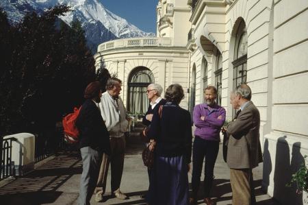 [Chamonix-Mont-Blanc: Centre des Congrès Le Majestic, convegno in occasione del 40. anniversario della prima ascensione dell'Annapurna]