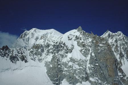 [Gruppo del Monte Bianco: Poire alla Brenva, Mont Blanc du Tacul, Mont Maudit]