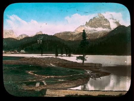 [Raccolta di diapositive dell'Alto Adige e delle Dolomiti: paesaggi, ritratti e manifestazioni]