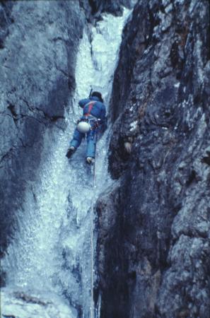 [Riprese varie di alpinismo su cascata di ghiaccio: Punta Savina, Megacouloir]