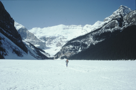 [Canada, zone varie: Quebec, Alberta, Lake Louis, Ghost Valley, Conway ?]