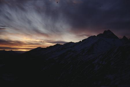[Paesaggi al tramonto nella zona del Macro Couloir di Punta Savina]