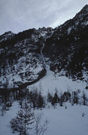 [Riprese varie della cascata del Rio Gentira]