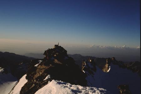 [Paesaggi di varie zone del Gruppo del Monte Bianco e alpinisti presso il Bivacco Fiorio al Mont Dolent]