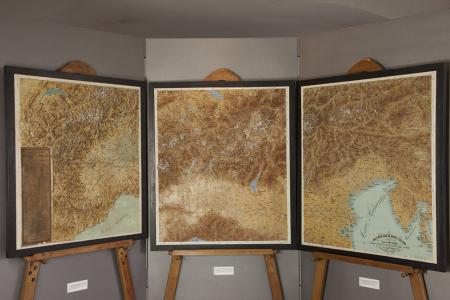 Carta in rilievo delle Alpi occidentali e dell'Appennino Ligure alla scala dell'1:250 000 per le distanze e dell'1:125 000 per le altezze