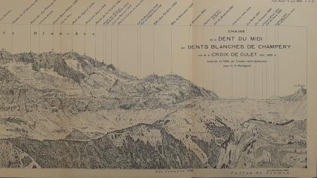 Chaîne de la Dent du Midi aux Dents Blanches de Champéry, vue de la Croix de Culet à l'altitude de 1966 m.